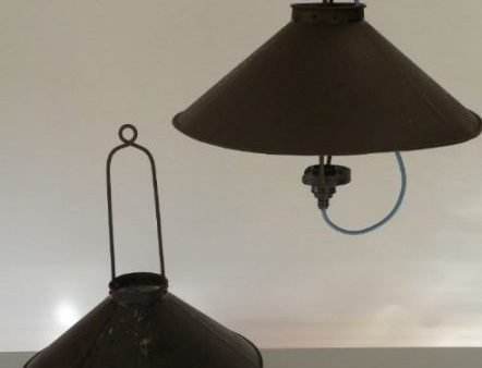 Stallamp uit frankrijk 2 stuks van boven