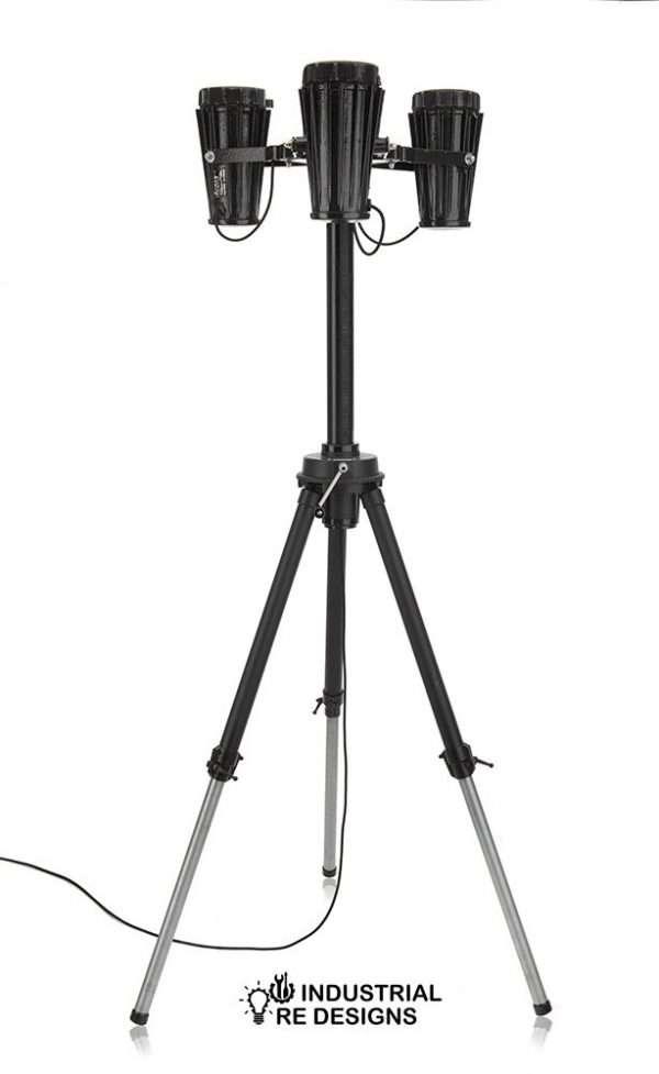 Staande-driepoot-lamp-BINK-redesign-4