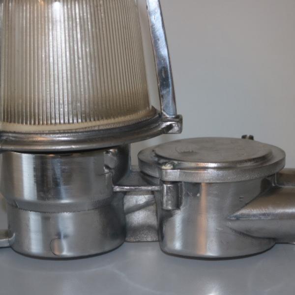 bunkerlamp_maritieme_lamp_vrachtschip_stolplamp_wandlamp_vintage_aluminium_BINK_lampen_detail_03